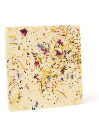 Food Stories witte chocoladereep met parels en bloemen