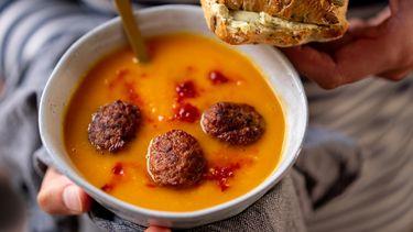 opgewarmde soep uit de magentron