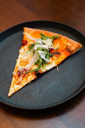 De Pizzabakkers X Tres