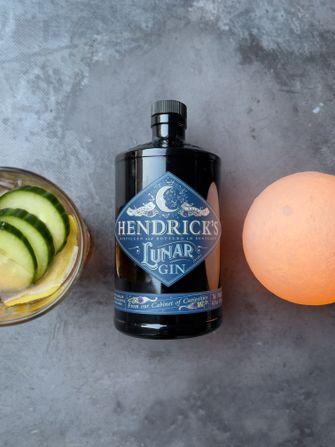 Lunar Gin Hendrick's cocktail