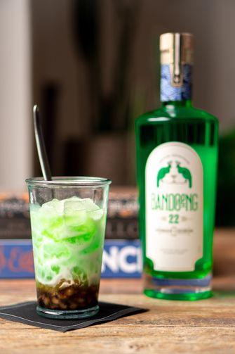 Tjendol cocktail met pandanlikeur