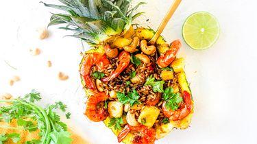 Thaise gebakken rijst met ananas