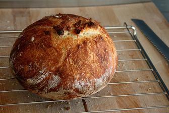 zelfgemaakt brood