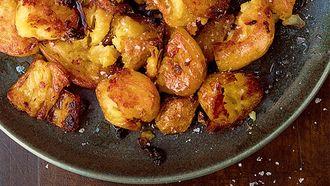 Salt and vinegar aardappels van Nigella Lawson