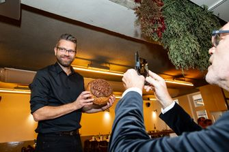 Bram Kortekaas op het 010/020 diner in New York