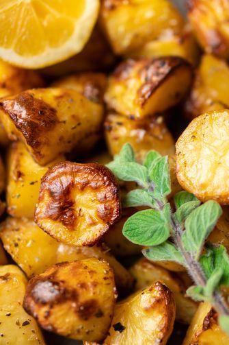 Griekse citroen aardappels