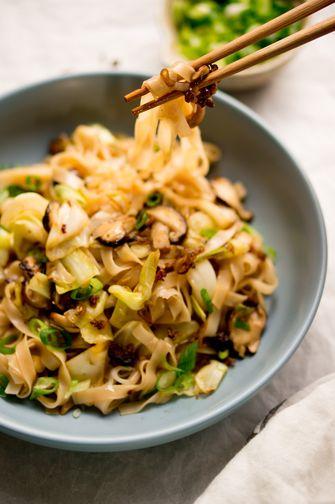 Crack noodles met kool en shiitake
