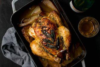 gebraden kip met salie en peer