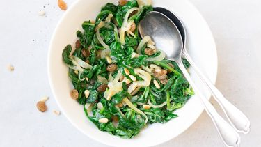 Culy homemade spinazie met pijnboompitjes