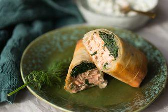 zalm & spinazie wraps in filodeeg