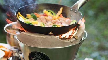 buiten eten met de what a wok