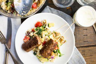 Afbeelding van couscous met köfte voor Culy's Weekmenu met Griekse gerechten