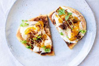 Snelle flatbreads met yoghurt en ei