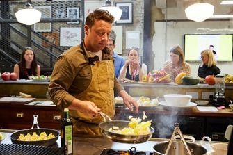 Jamie Oliver kookt uit VEG