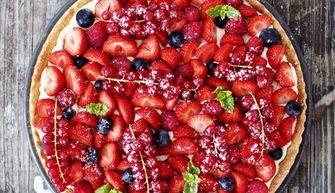 Foto van een zomerse fruittaart (taartrecepten)