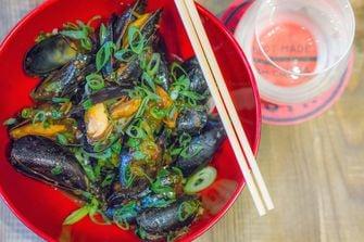 Shanghai Bistro / mosselen zwarte bonen
