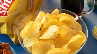 chips in een bakje
