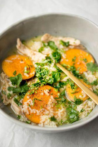 Kippensoep met rijst en zoete aardappel