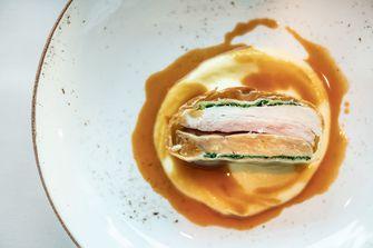 Piepkuiken met foie gras van Ron Blaauw