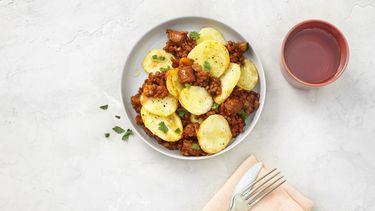 ovenschotel met chorizo, aardappel en linzen