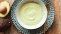 saus van avocado en blauwe kaas