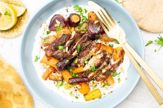 Ovenschotel van Arabische kip