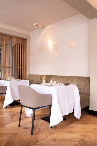 Restaurant Triptyque interieur