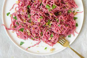roze spaghetti Valentijnsdag