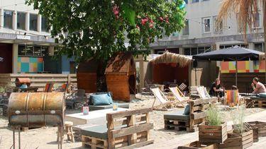 Bajes Beach Club van A Beautiful Mess