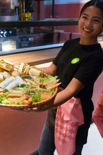 Vietnamese food in de Foodhallen in Rotterdam
