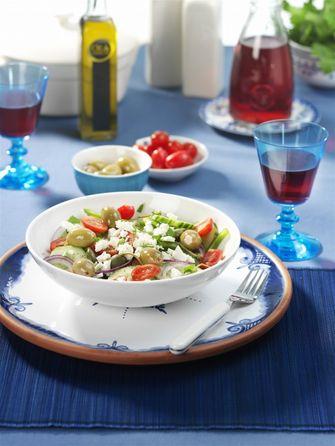 Afbeelding van een Griekse salade voor Culy's Weekmenu met Griekse gerechten