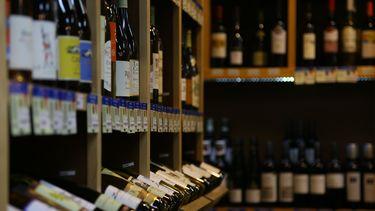 Wijn flessen in kast