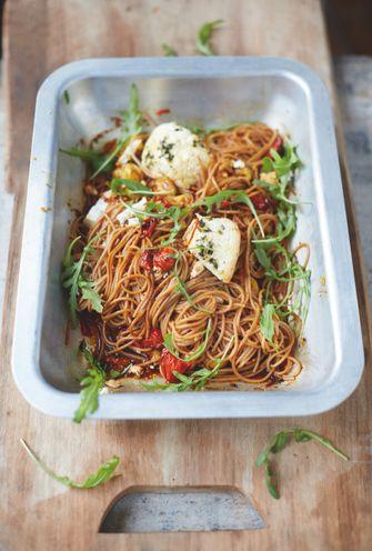 Speltspaghetti met trostomaatjes & gebakken ricotta van Jamie Oliver