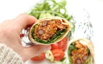 Vegan burrito's voor lunch op kantoor