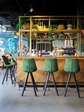 Interieur bij Café Moer