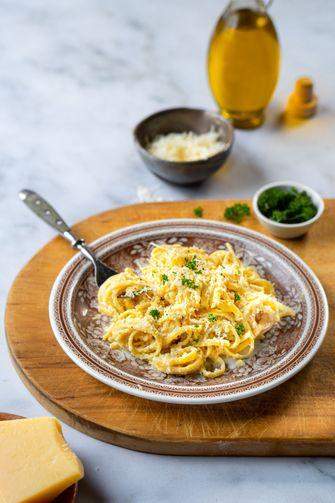 pasta met aardpeer en parmezaan