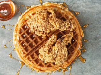 chicken & waffles / wafels met gefrituurde kip