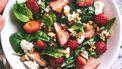 verse kruiden in salade