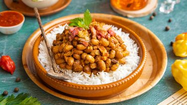 Surinaamse bruine bonen met rijst en spekjes