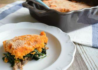 Ovenschotel met zoete aardappel en gehakt voor weekmenu recepten met gehakt