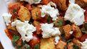 panzanella als voorbeeld van een weekmenu met lunchgerechten