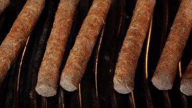 Frikandellen op de barbecue