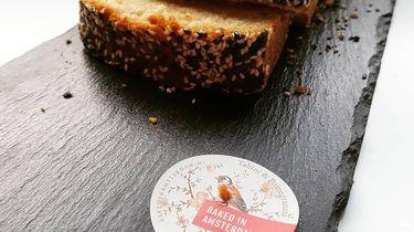 Tahini cake van Baked in Amsterdam