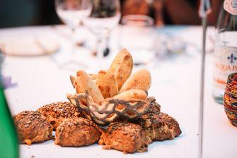 Brood bij diner Broodje Kaas