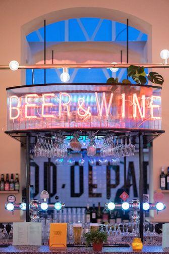 Bier & wijnbar in The Food Department
