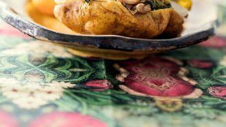 Hindoestaanse bara's op een bord