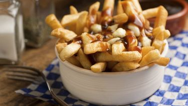 poutine frietjes toppings