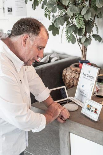 Ron Blaauw test de Google Nest Hub