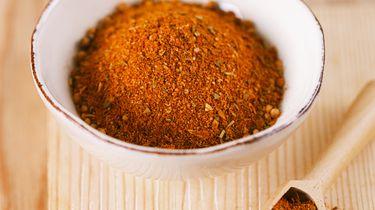 Kruidenmix barbecue marinade voor vlees stock