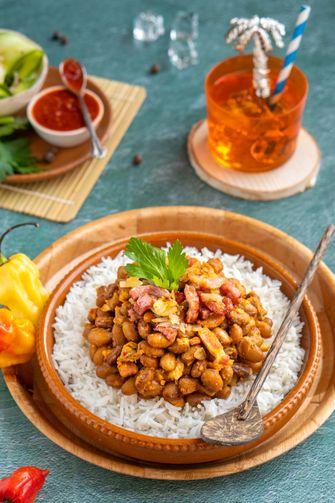 Surinaamse bonen met rijst en spekjes